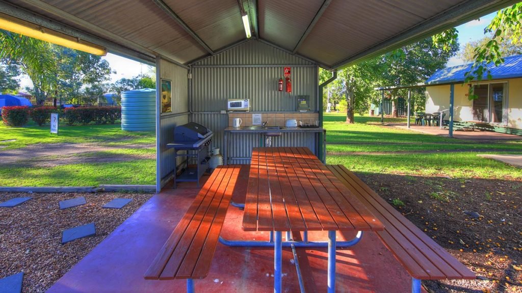 Goondiwindi camping kitchen