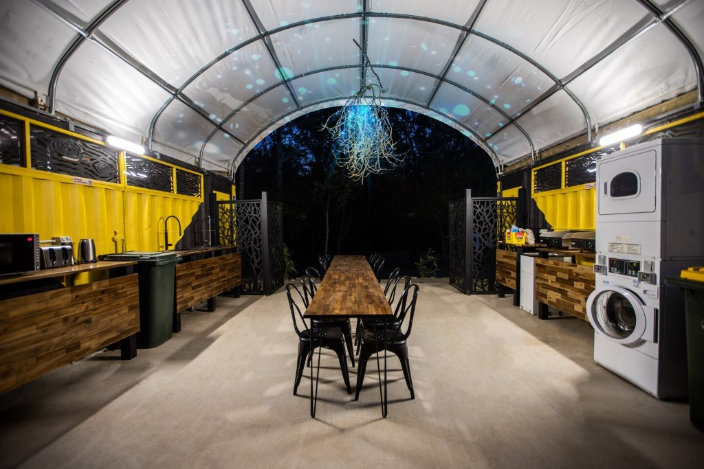 Thunderbird Park caravan park camp kitchen and laundry facilities