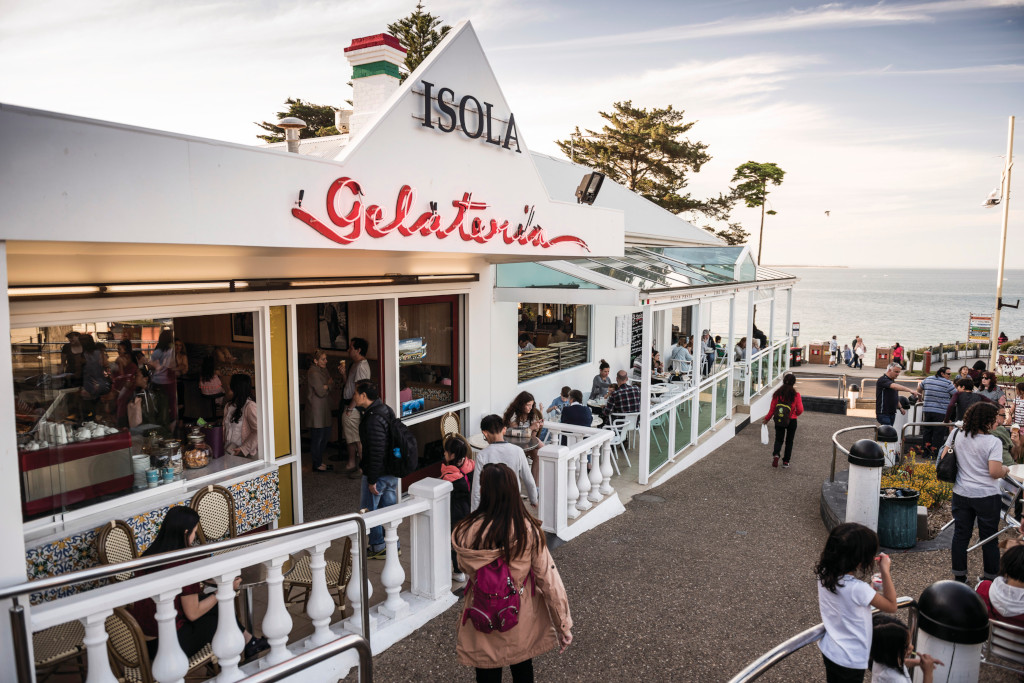Isola Gelateria is a Cowes institution
