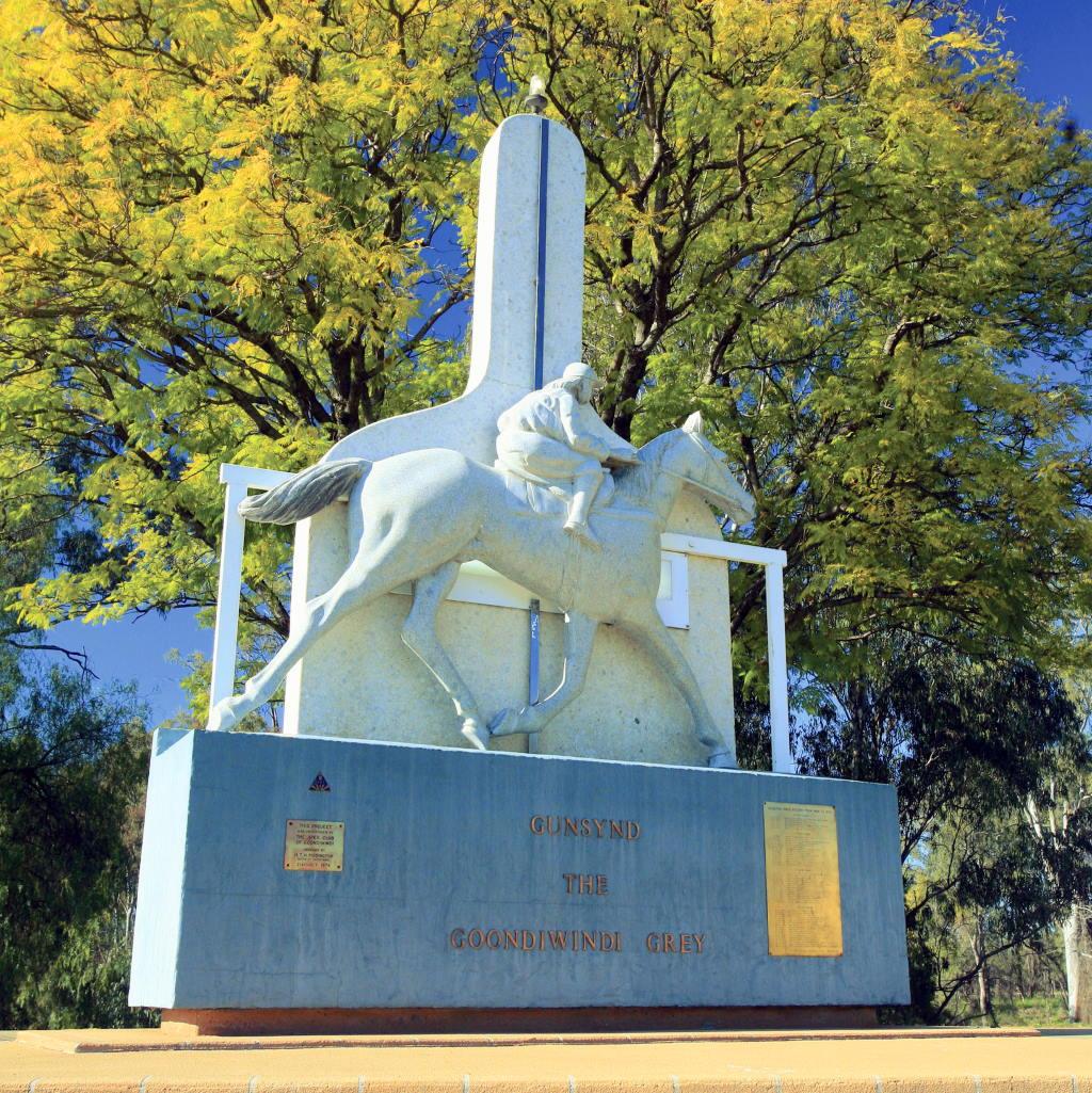The Goondiwindi Grey immortalised at the Gunsynd Memorial Park