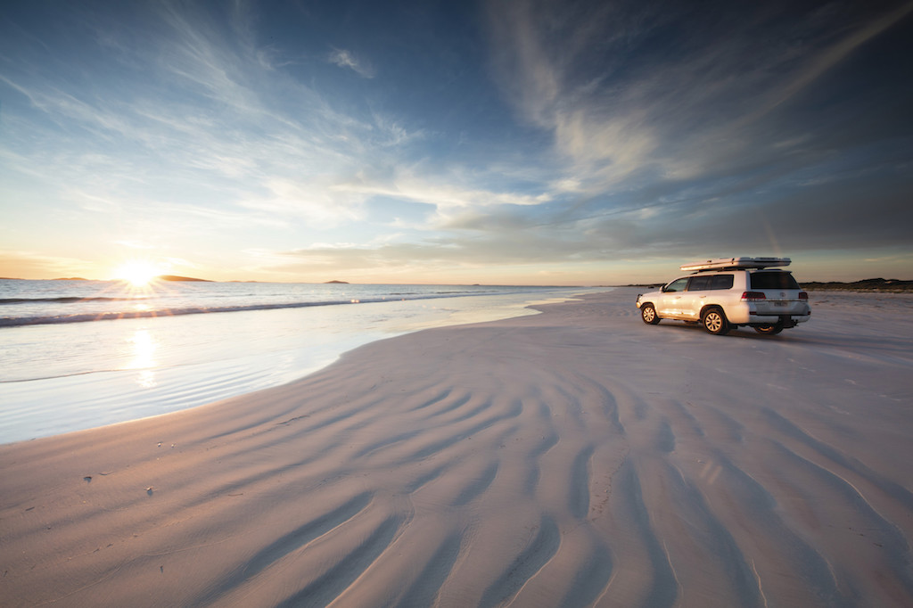 Cape Le Grand NP - beach driving Tourism WA