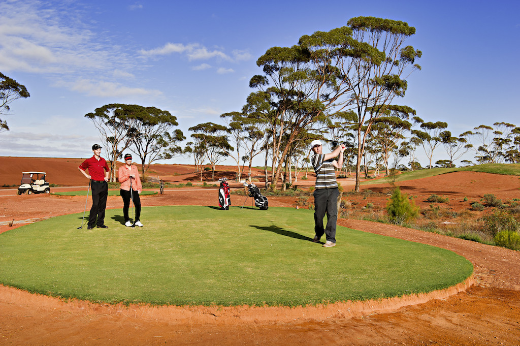 Kalgoorlie Golf Course features two holes on the Nullarbor Links