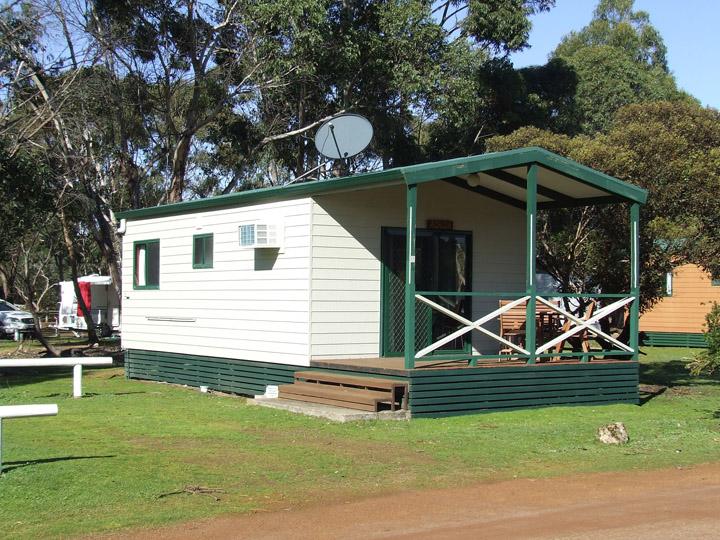 10 cabins