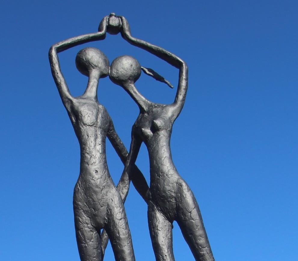 Arhab Bik Bialhabi Forbes Sculpture down the Lachlan
