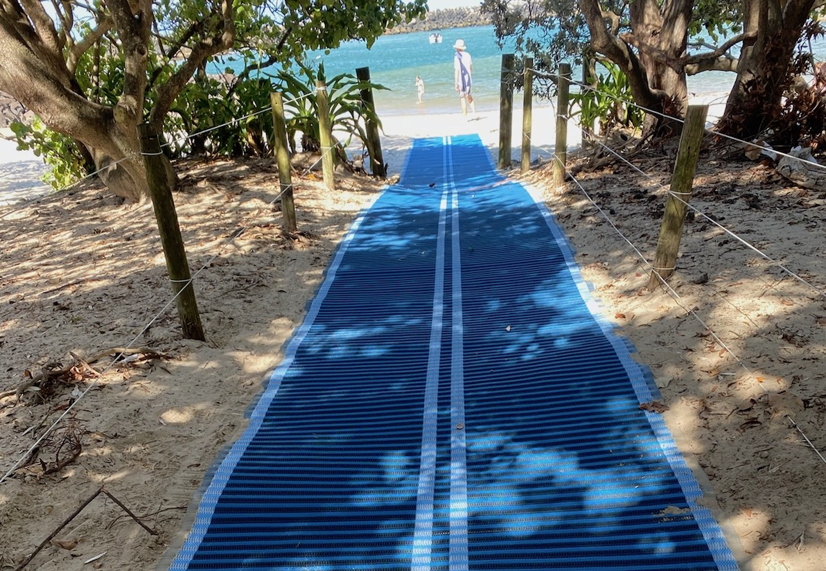 mobi-mat at torakina beach