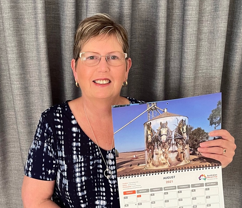 Annette shows off her gorgeous calendar featuring Silo Art