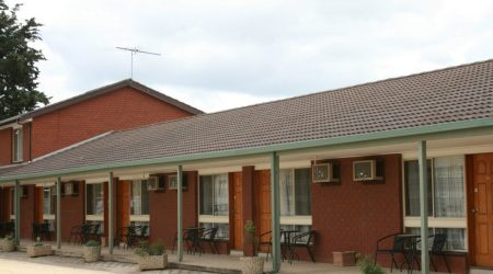 Motel suites and camping on the Geelong Surfcoast